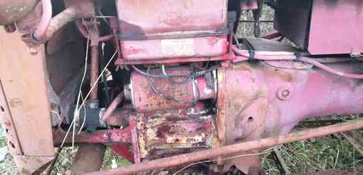 Tracteur agricole Farmall F135D - 3