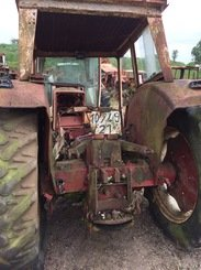 Tracteur agricole International 523 - 2